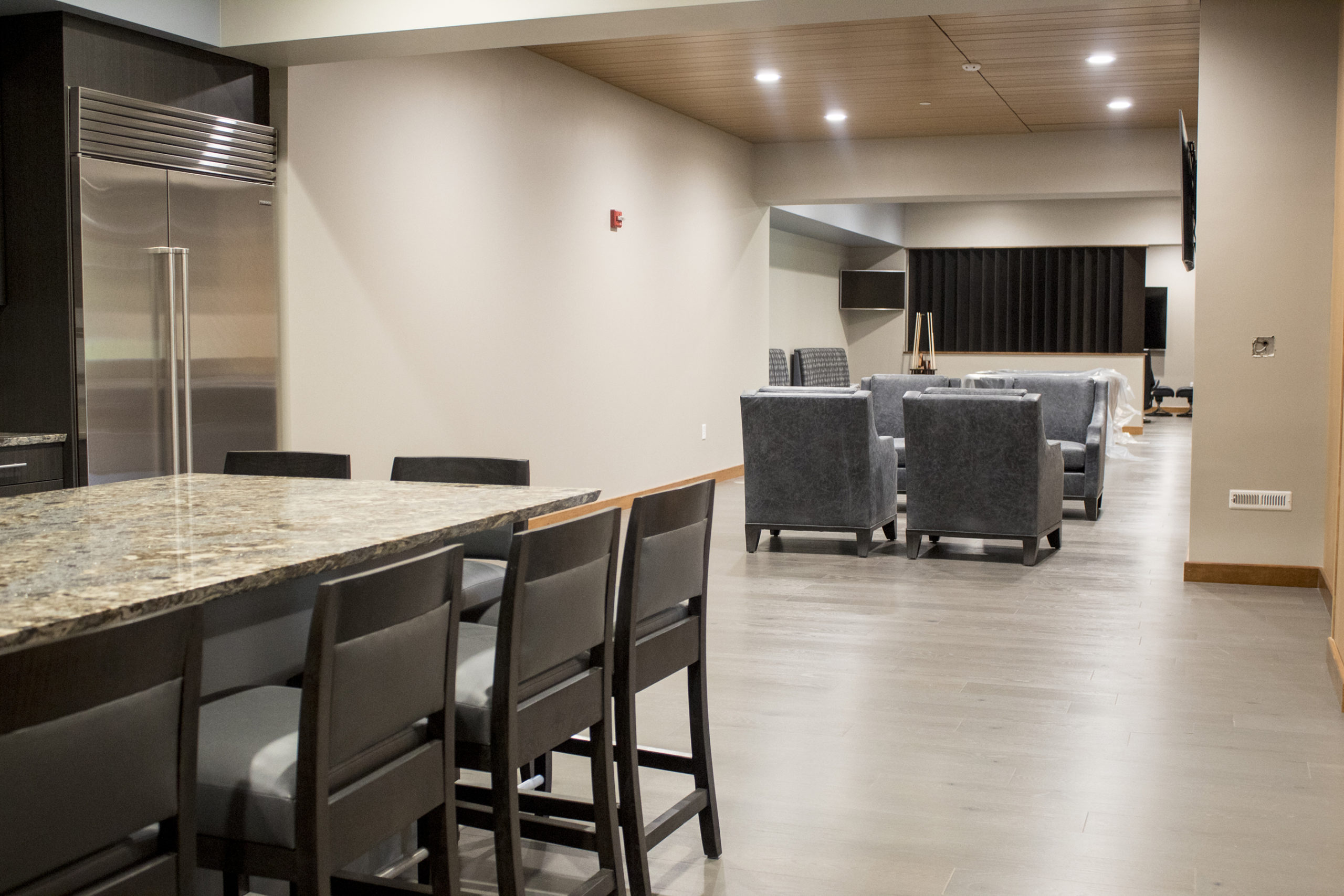 Executive Kitchen and Lounge